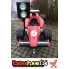 Racer (rot) mit Ampel