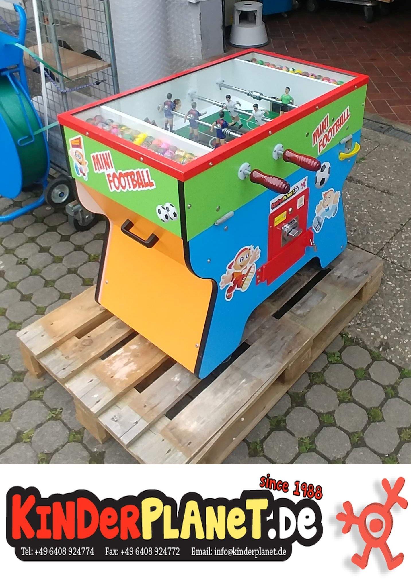 Tisch-Fußball-Spiel als Flummi-Automat!