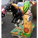 Großes Western Pferd  mit Geier!