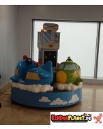 Flugzeug-Karussell, mit drei kindgerechten Fliegern!